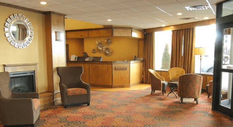 Front Lobby at Best Western Green Bay